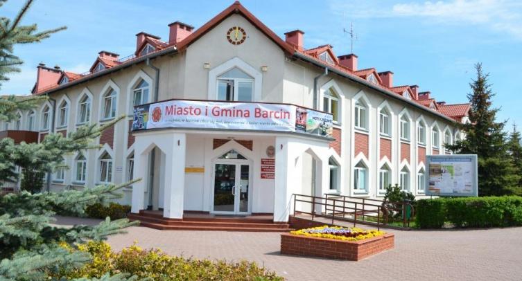 Urząd Miejski w Barcinie - fot. Grzegorz Smoliński