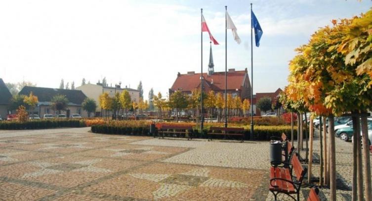 Plac 1-go Maja w Barcinie