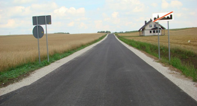 Fragment przebudowanej drogi gminnej - fot. Jarosław Drozdowski