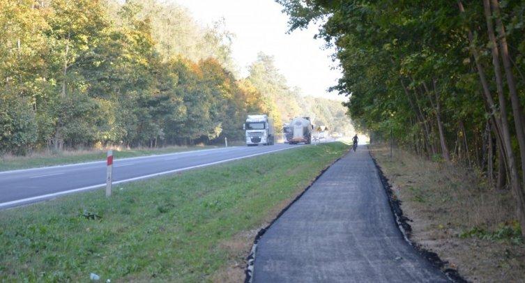 Droga dla rowerów z Krotoszyna do Piechcina - fot. Grzegorz Smoliński